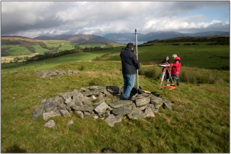 Figure 39: An archaeological survey of Dun Birgidale with community participants from the Discover Bute Landscape Partnership Scheme and the RCAHMS survey team, © RCAHMS DP099962